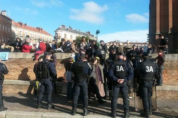 Des Toulousains solidaires des opposants au projet d'aéroport de Notre-Dame-des-Landes.