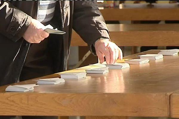 Vote pour les primaires de la Gauche à Rioz