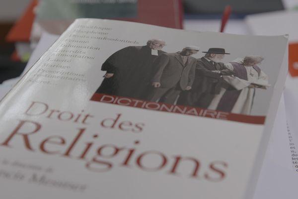 Les experts en droit des religions décryptent les subtilité du statut d'exception local.