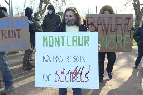 L'association Vivre à Montlaur en Aveyron dénonce les nuisances sonores causées par le circuit de motocross