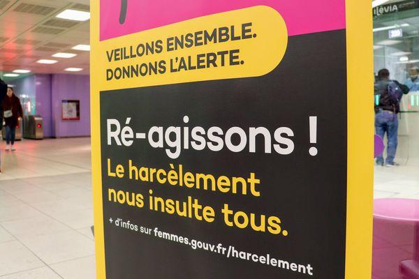 Depuis quelques mois, le réseau de transports lillois Ilévia mène une campagne de lutte contre le harcèlement.