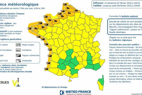 Les 4 départements bretons placés en vigilance orange au phénomène de vagues-submersion