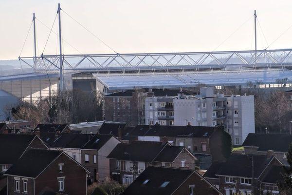 Lens et son emblématique Stade Bollaert-Delelis.