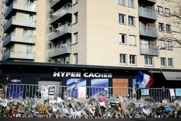 L'Hyper Cacher, le 23 janvier 2015, quelques jours après l'attaque.