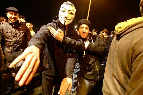 Supporters de la cause du polémiste Dieudonné à Saint-Herblain.