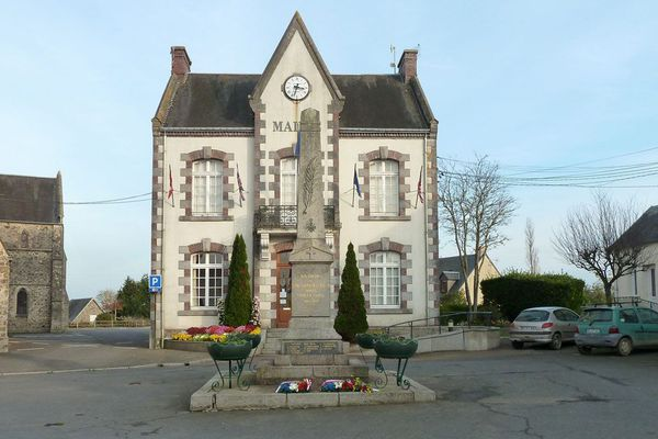 La mairie de Saint-Sauveur-Villages