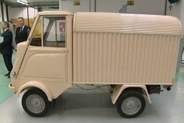 La voiturette rejoint le musée MBK à Saint-Quentin
