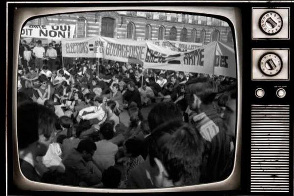 La manifestation du 13 mai 1968 à Toulouse, sur la place du Capitole