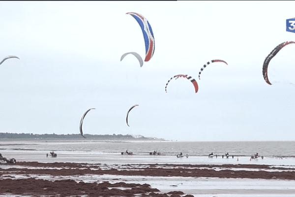 Les épreuves du championnat de France de char à voile en Vendée.