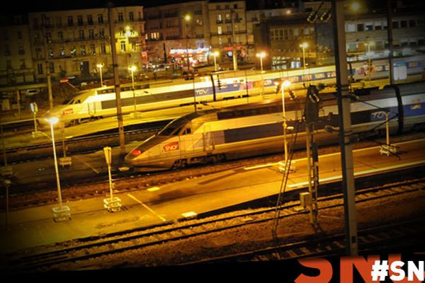 trains en gare