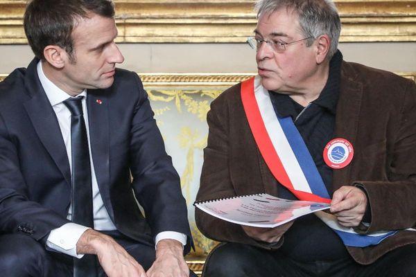 Face au mouvement des Gilets jaunes, Vanik Berberian avait été l'instigateur des cahiers de doléances qu'il avait remis à Emmanuel Macron.