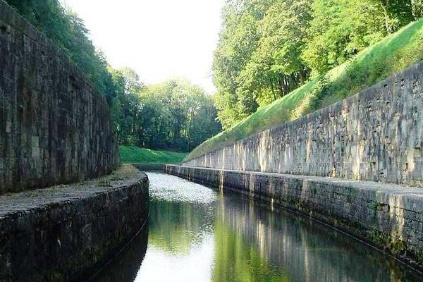 Tunnel de St Albin sur la Saône