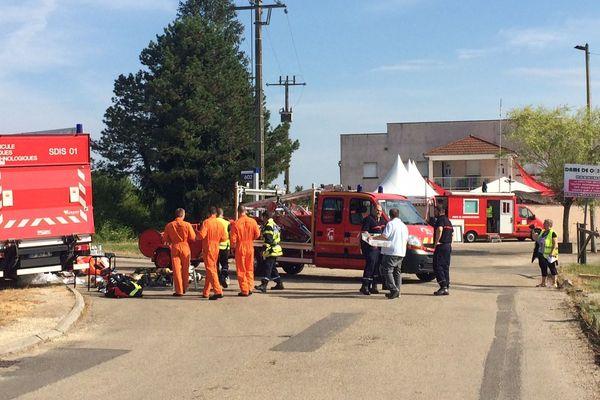 L'entrepôt frigorifique de Mutual Logistics victime d'un incendie. L'ammoniaque a blessé légèrement deux pompiers.