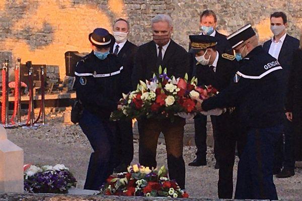 Le député LR François Cornut-Gentille rend hommage au général de Gaulle pour le 50ème anniversaire de sa mort, à Colombey-les-Deux-Eglises, le 9 novembre 2020.