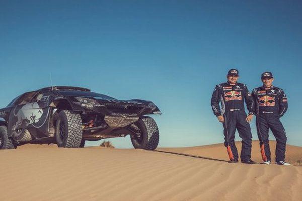 Daniel Elena et Sébastien Loeb vont découvrir le Rallye Raid