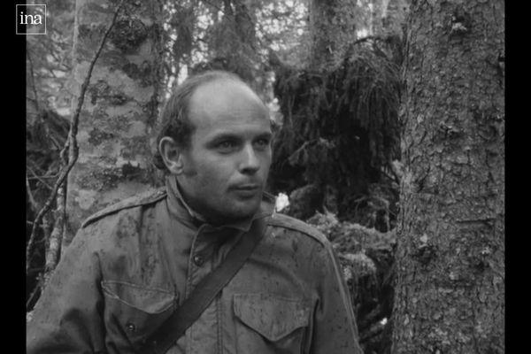"""Jean-François Stévenin lors du tournage, dans le Jura, de son premier film """"Le Passe-Montagne"""""""