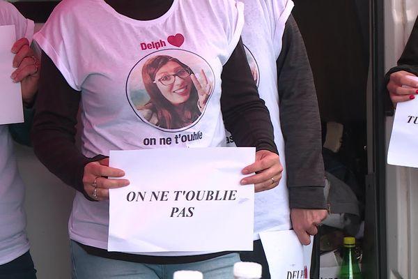 Les amies de Delphine Jubillar se mobilisent régulièrement pour qu'on n'oublie pas cette jeune infirmière de 33 ans disparue de son domicile de Cagnac-les-Mines dans la nuit du 15 au 16 décembre 2020.