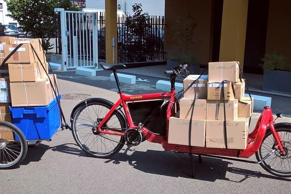 Le vélo-cargo mis en service pour les services du mouvement #PourEux
