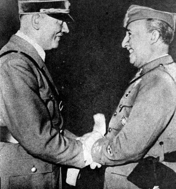 """Le """"Caudillo"""" et le """"Führer"""", Franco et Hitler, deux des dictateurs les plus sanguinaires d'Europe dans les années 1930 et 1940."""