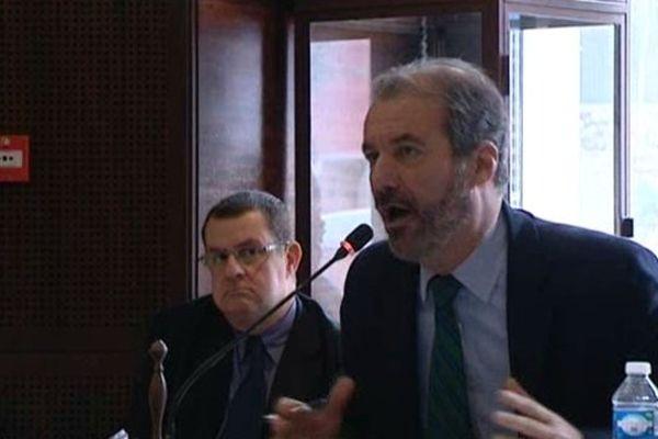 Luc Jousse, maire de Roquebrune sur Argens (83) quitte l'UMP.