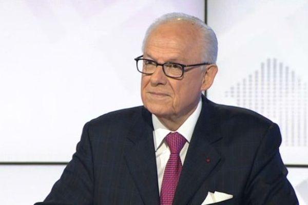 Alain Lambert, président du Conseil général de l'Orne est l'invité de Franck Besnier dans La voix est libre samedi 26 octobre