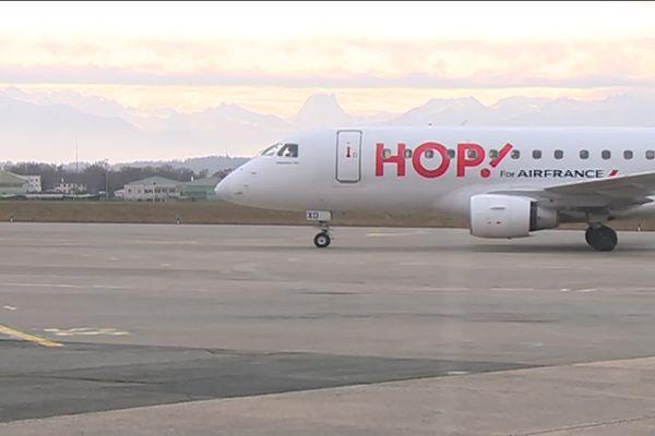 La reprise sur l'aéroport de Pau est prévue pour le 15 juin avec des liaisons très limitées, notamment vers Paris.