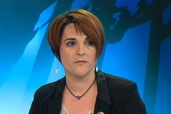 La conseillère départementale de Gamaches Delphine Damis-Fricourt se porte candidate pour les sénatoriales. Elle se dit ouverte à la discussion pour ne présenter qu'une seule liste de gauche, toutes tendances confondues.