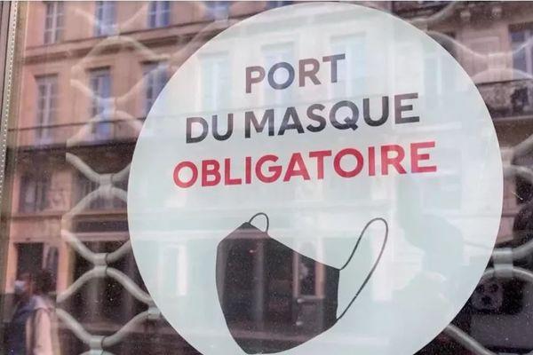 Le kit de la CCI de la Gironde a été distribué ce lundi matin 17 mai aux commerçants qui se préparent à ouvrir.