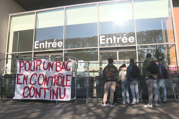Journée de rentrée mais aussi de mobilisation au lycée Malherbe de Caen ce lundi 3 mai