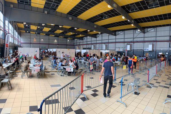 Samedi 8 mai 2021, le vaccinodrome de Toulouse.