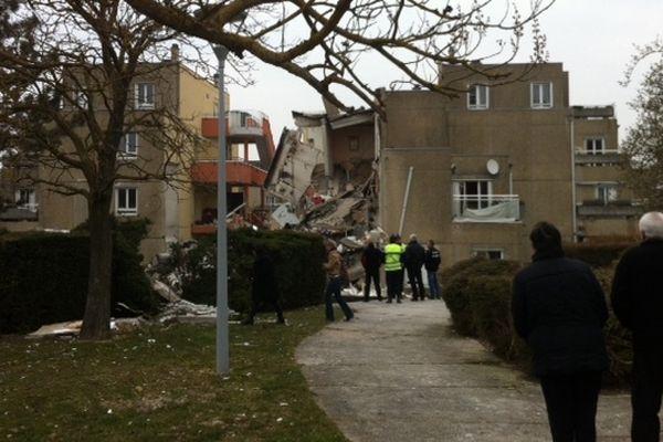 Toute la journée, des habitants de la commune se sont rendus sur le site pour constater les dégâts