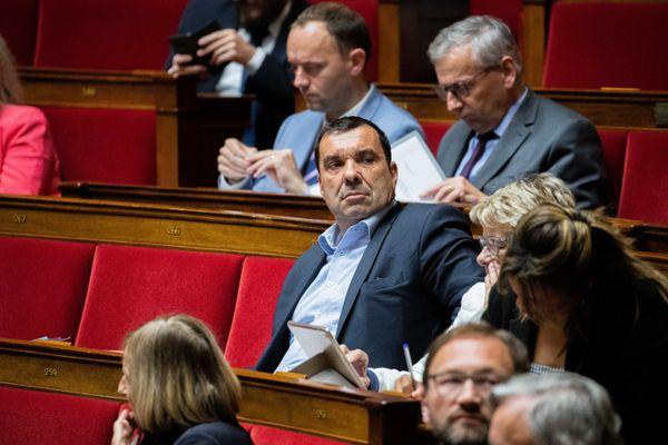 Richard Ramos, député du Loiret, a mené une joute verbale avec un lobbyiste bien connu de l'Assemblée.