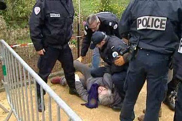 L'arrestation de Katia Lipovoï ce lundi matin dans le quartier de Beaulieu à Poitiers
