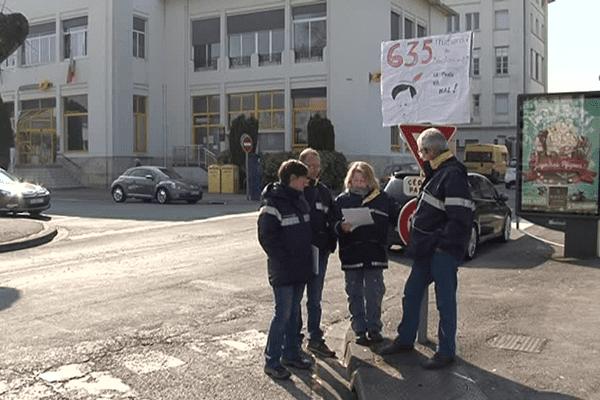 Un mouvement social de postiers corréziens à l'appel de plusieurs syndicats, pour dénoncer les conditions de travail.