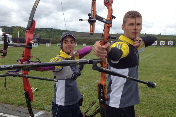 Audrey Adiceom et Maxence Jamot, tous deux licenciés aux Archers riomois.