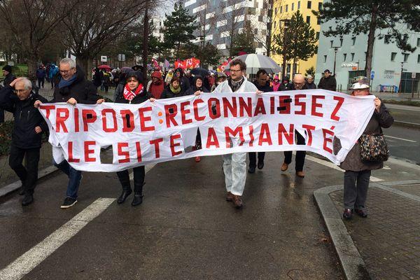 Manifestation en 2017 des anciens du Tripode