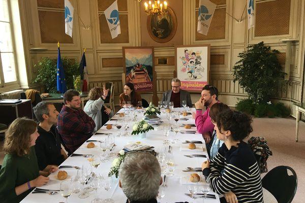 Jury de téléspectateurs lors de la délibération pour le Fauve d'Angoulême - Prix du Public France Télévisions