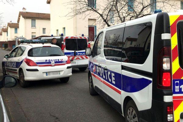 Lundi 22 février, un important dispositif policier avait été mis en place à proximité de l'allée Traversière à Clermont-Ferrand.