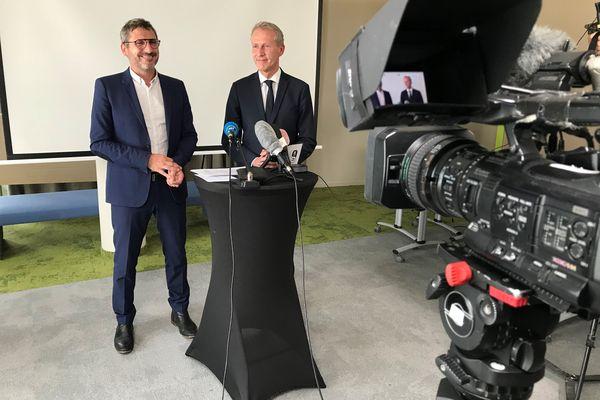Matthieu Orphelin et Guillaume Garot, en conférence de presse, le 21 juin 2021