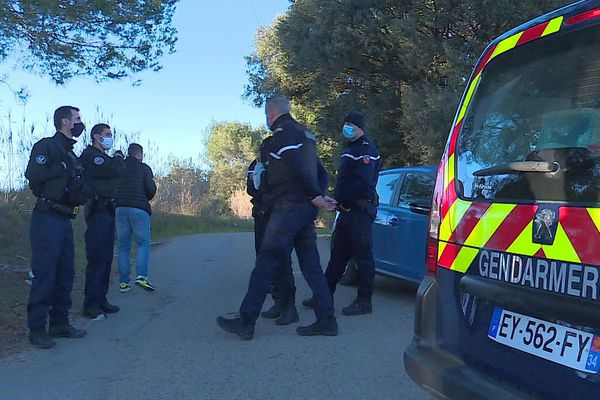 Bellegarde (Gard) - un cadavre carbonisé découvert dans une voiture - 14 janvier 2021.
