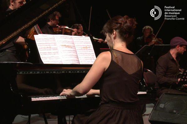 Chloë Pfeiffer piano, direction et arrangements