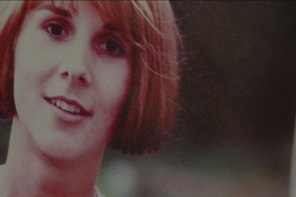 Agée de Sophie Arnoult a disparu subitement en septembre 1985 en plein maquis corse. Sa famille a tout tenté, mais elle n'a jamais été retrouvée.