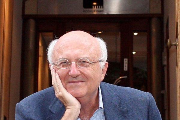 Vladimir Cosma, chef d'orchestre, violoniste, arrangeur et orchestrateur auprès de Michel Legrand