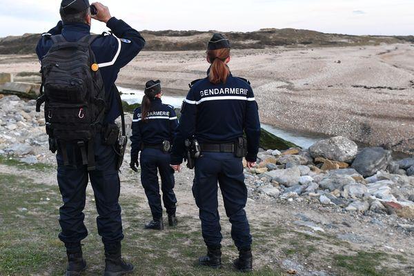 Image d'illustration à Calais. Les gendarmes patrouillent sur les plages du Nord et du Pas-de-Calais, de jour comme de nuit.