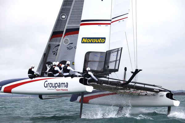 Le Catamaran Groupama de Franck Cammas qui participera à l'America's Cup de Toulon.