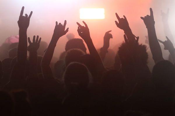 Va-t-il falloir réinventer le modèle du concert en salle ?