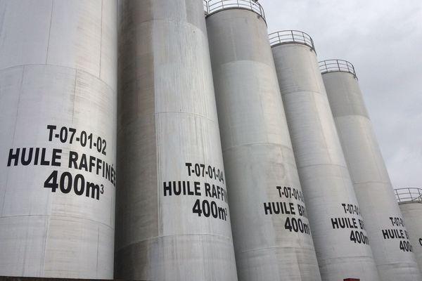 La coopérative de Chalandray, dans la Vienne, a investi dans un module de raffinage complet pour produire de l'huile alimentaire.