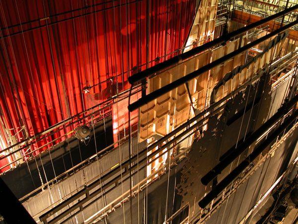 """Dans le cadre de son opération """"L'Opéra avec vous"""", l'Opéra de Marseille révèle des images des coulisses de l'établissement."""
