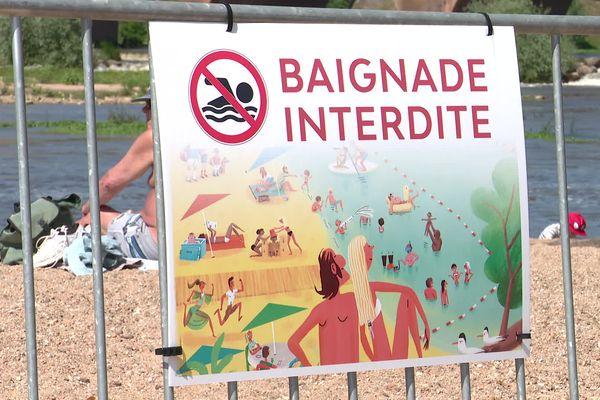 Le niveau trop élevé de la Loire ne permet pas de créer une zone de baignade sécurisée cet été.