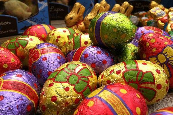 La chasse aux oeufs en chocolat, tradition de ce week-end de Pâques.